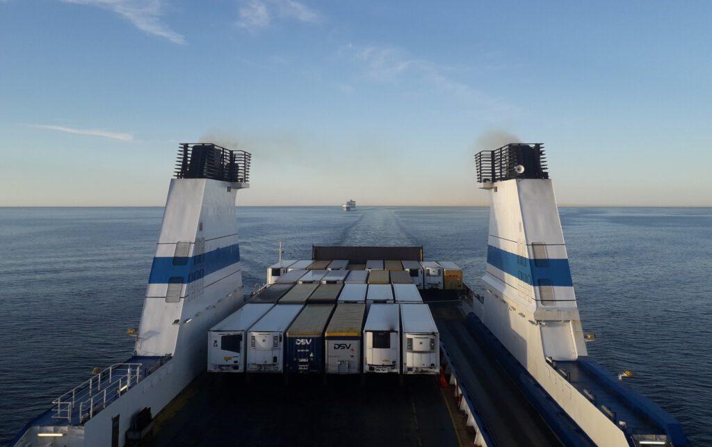 Finnlinesin laivoilla Saksaan